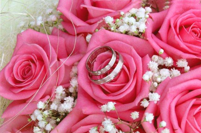 Asi bude svatba:) - Naše prstýnky...