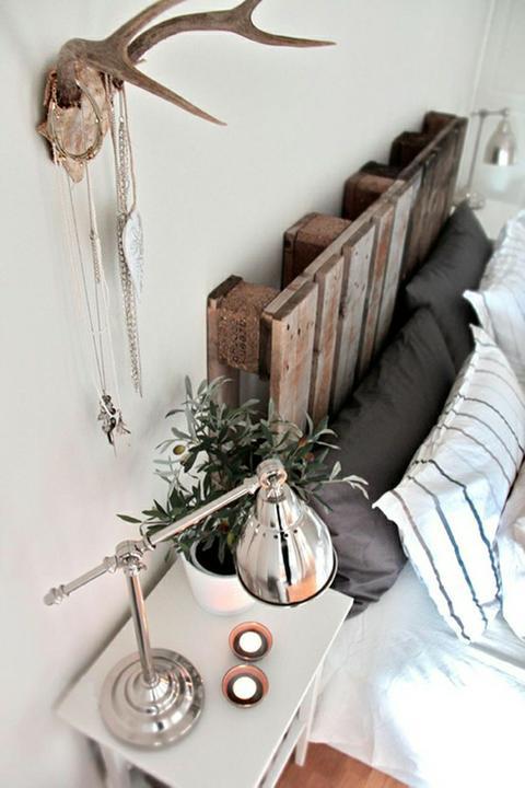 Vychytávky do kuchyne a interiéru - paleta použitá ako čelo postele