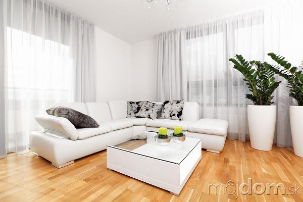 Biely interiér a jeho dekorácie - Obrázok č. 93