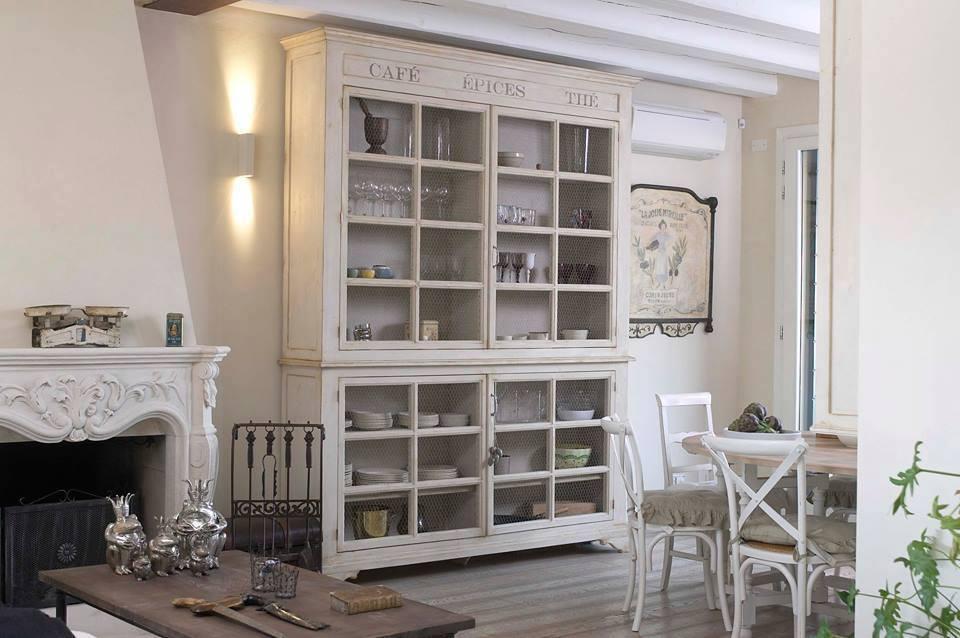 Kredenc, nábytok ktorý je vždy v móde - Obrázok č. 52