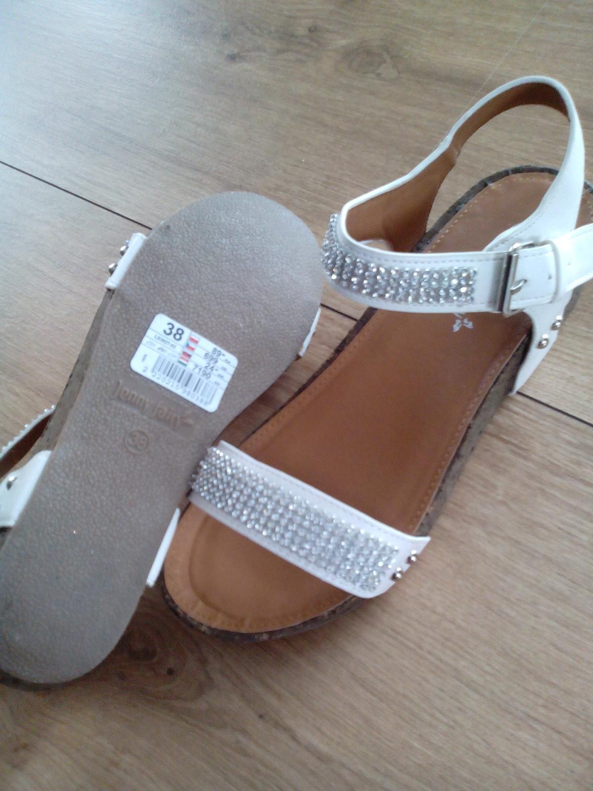 štrasové sandálky - Obrázok č. 3