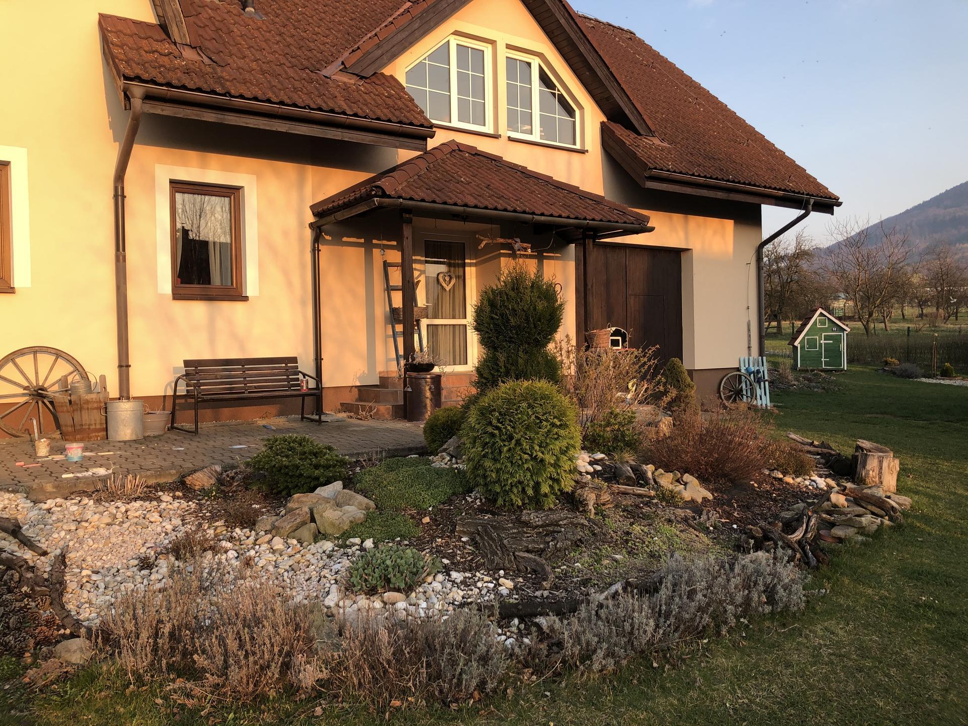U nás doma a na zahradě 2020 - Obrázek č. 17