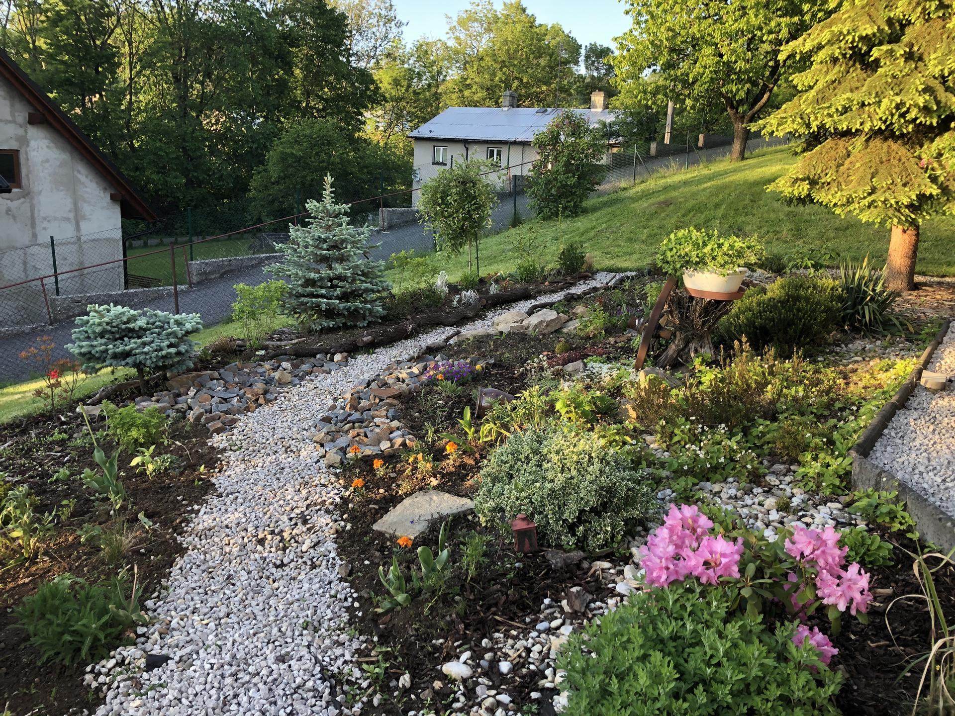 U nás doma a na zahradě 2020 - Obrázek č. 75