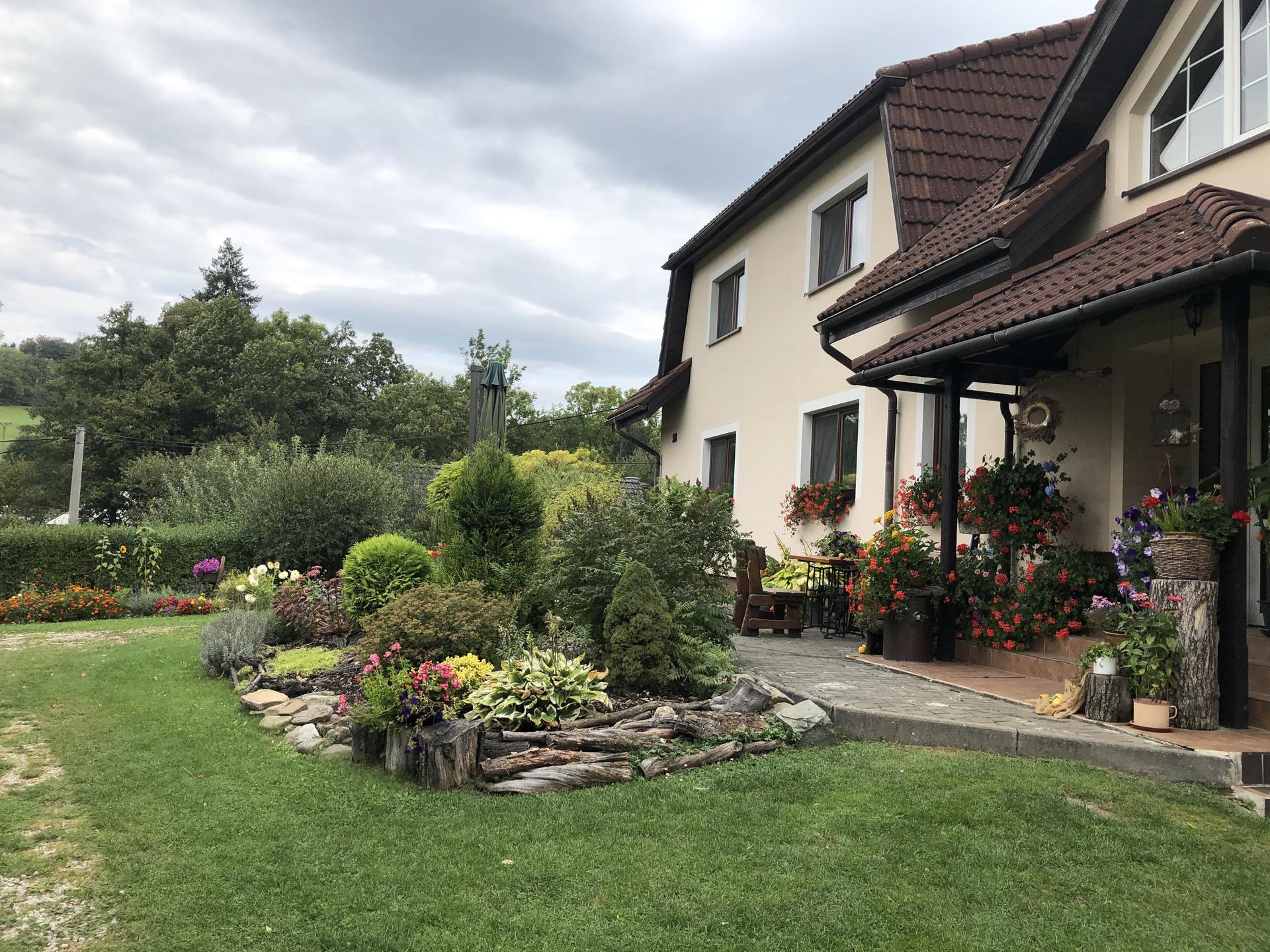 U nás doma a na zahradě 2020 - Obrázek č. 229