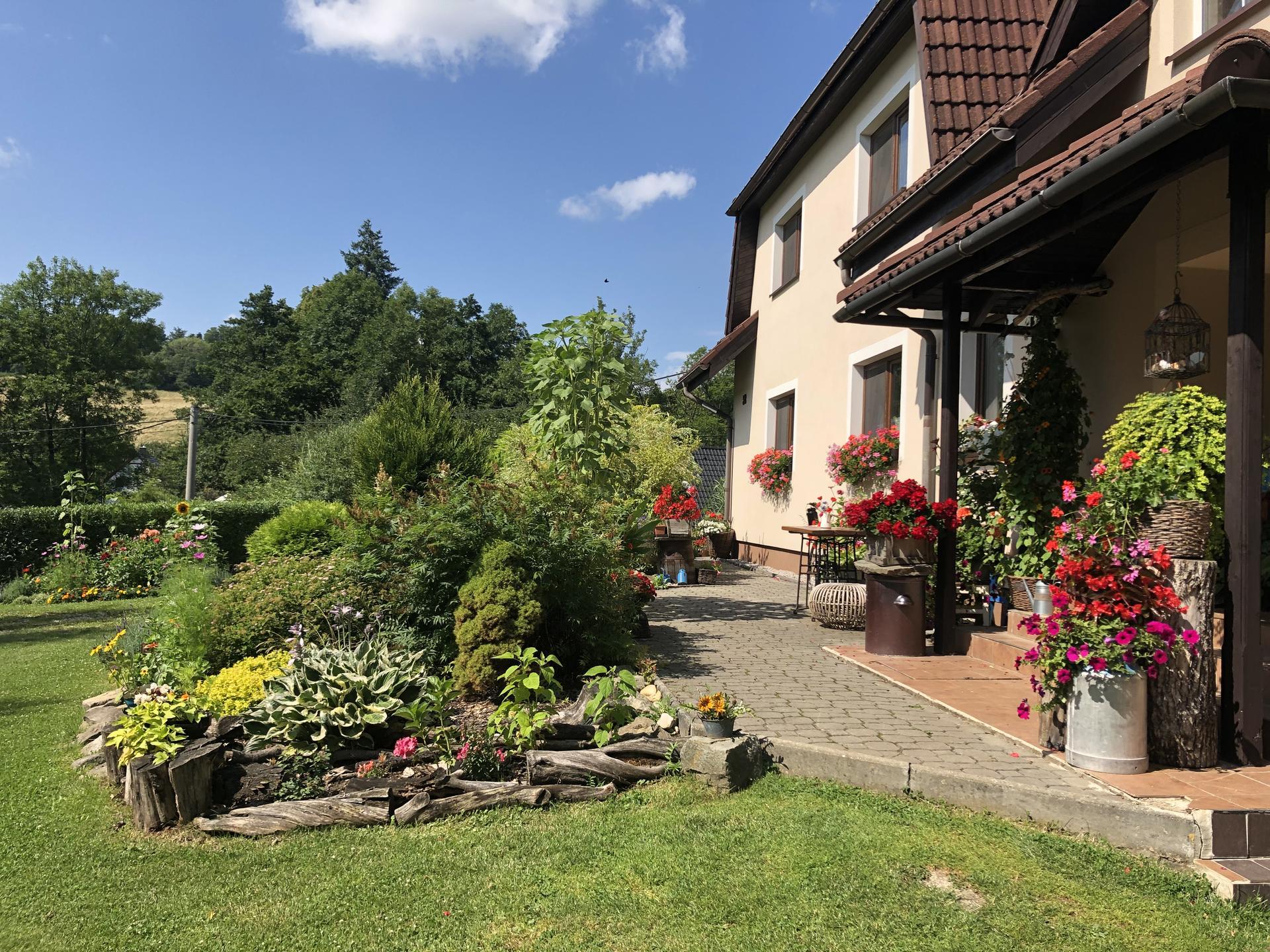 U nás doma a na zahradě 2021 - Obrázek č. 49