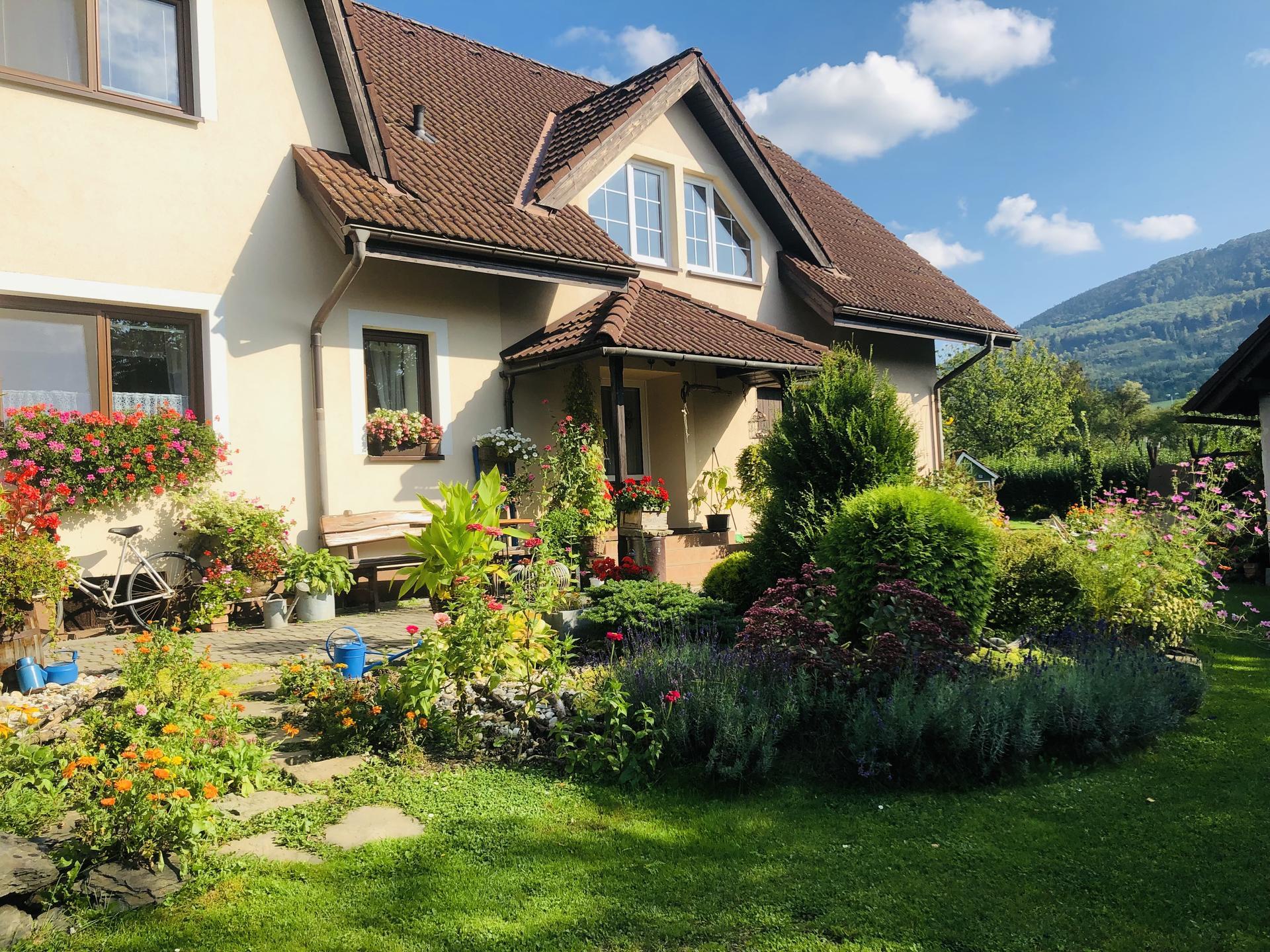 U nás doma a na zahradě 2021 - Obrázek č. 106
