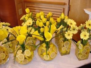 tohle asi bude.... doufám, že před svatbou budou citróny někde v akci... =D