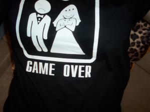 tričko pro miláčka mu bylo malé, takže jsem povavila já :-)