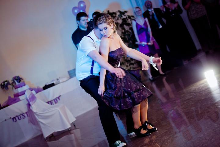 Radka{{_AND_}}Maťko Liptáčikovci - popolnočný tanec,keďže sme ho nemali nacvičený, tak improvizácia musela byť...užili sme si ho maximálne