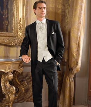 Prípravy na svadbičku - aj tento oblek je krasny