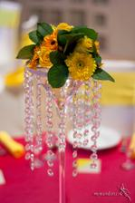 krasna svadobna vyzdoba  hostia chvalili:)