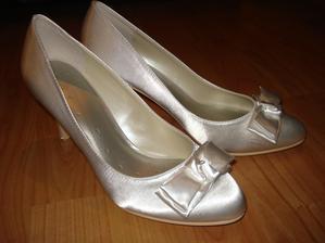 pohodlne a na nohe vyzeraju velmi pekne, moje crievicky :)
