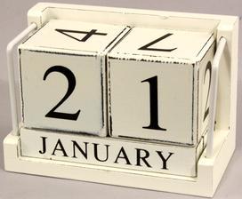 tento kockovy kalendar ma presvedcil kupit drahy :)