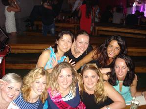 jedna z mojej sobotnajsej rozlucky so slobodou... super zabava v brazilskom clube