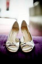 k popolnockam, kupene den pred svadbou :)