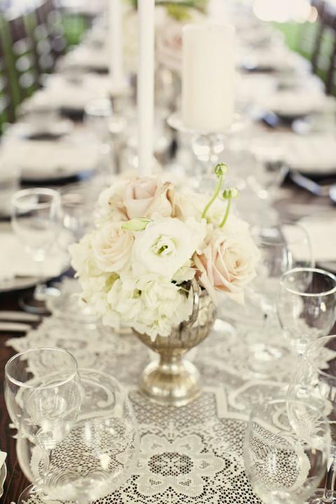 Lace Wedding Decorations & Details - Obrázok č. 54