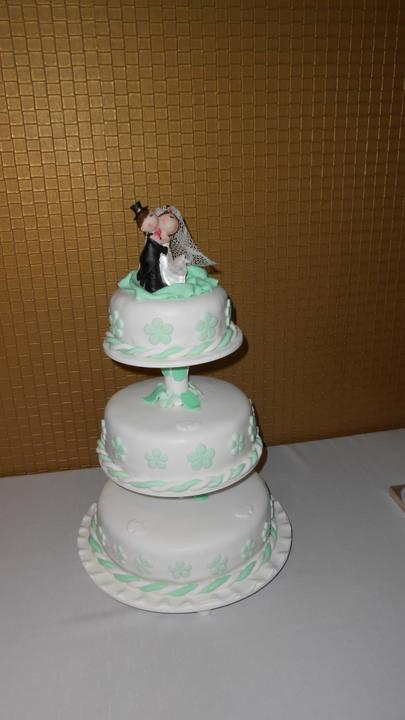 Svadobná torta - Obrázok č. 1