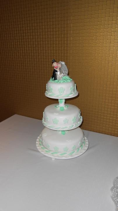 Svadobná torta - Obrázok č. 2