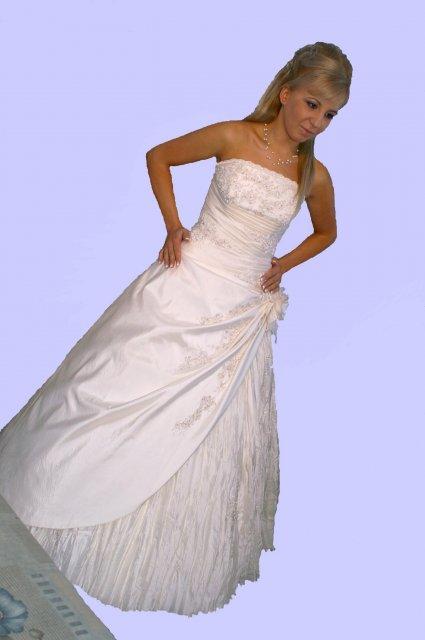 Svadobné šaty 1 - Obrázok č. 94