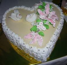 Nasa zasnubna torticka...