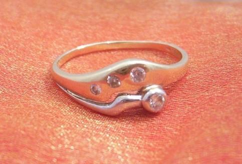 Alenka a Majko - A toto je moj snubny prstienok...