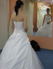 Při pohledu do zrcadla