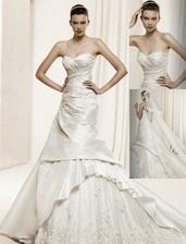 La Sposa předkolekce 2011 model Delfos