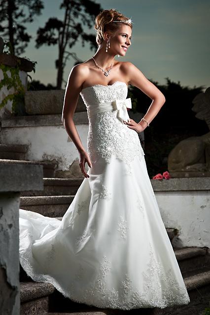 Soňulka & Míša 2010 - Annais bridal - Bonnie (Salon Paulina)