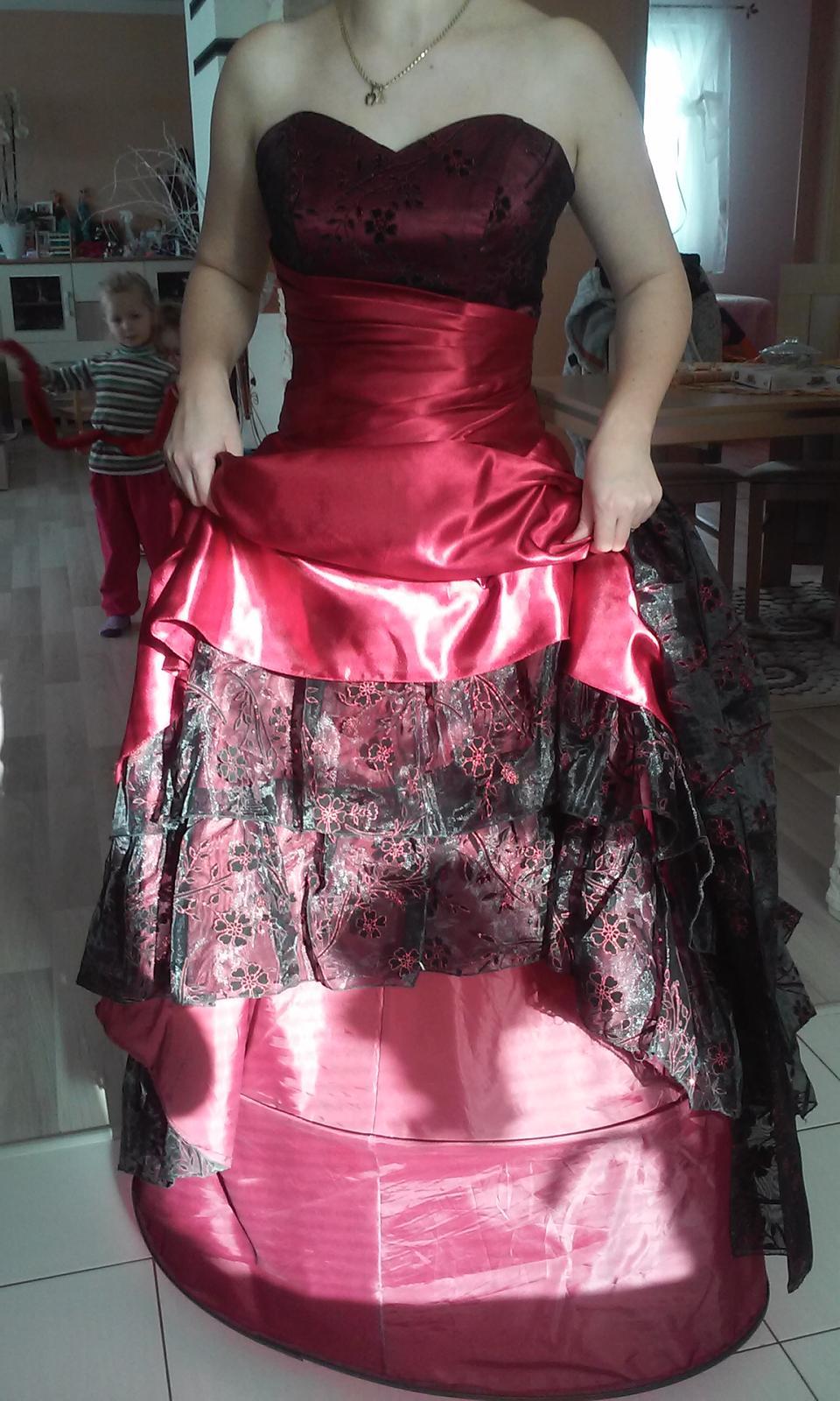 Korzetové šaty - Obrázok č. 4