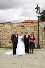 Se svědky - nevěstina kamarádka a ženichův švagr