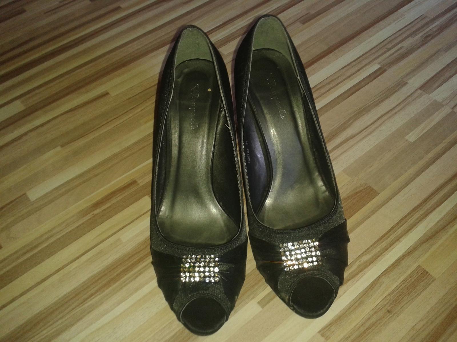 cierne sandalky - Obrázok č. 3