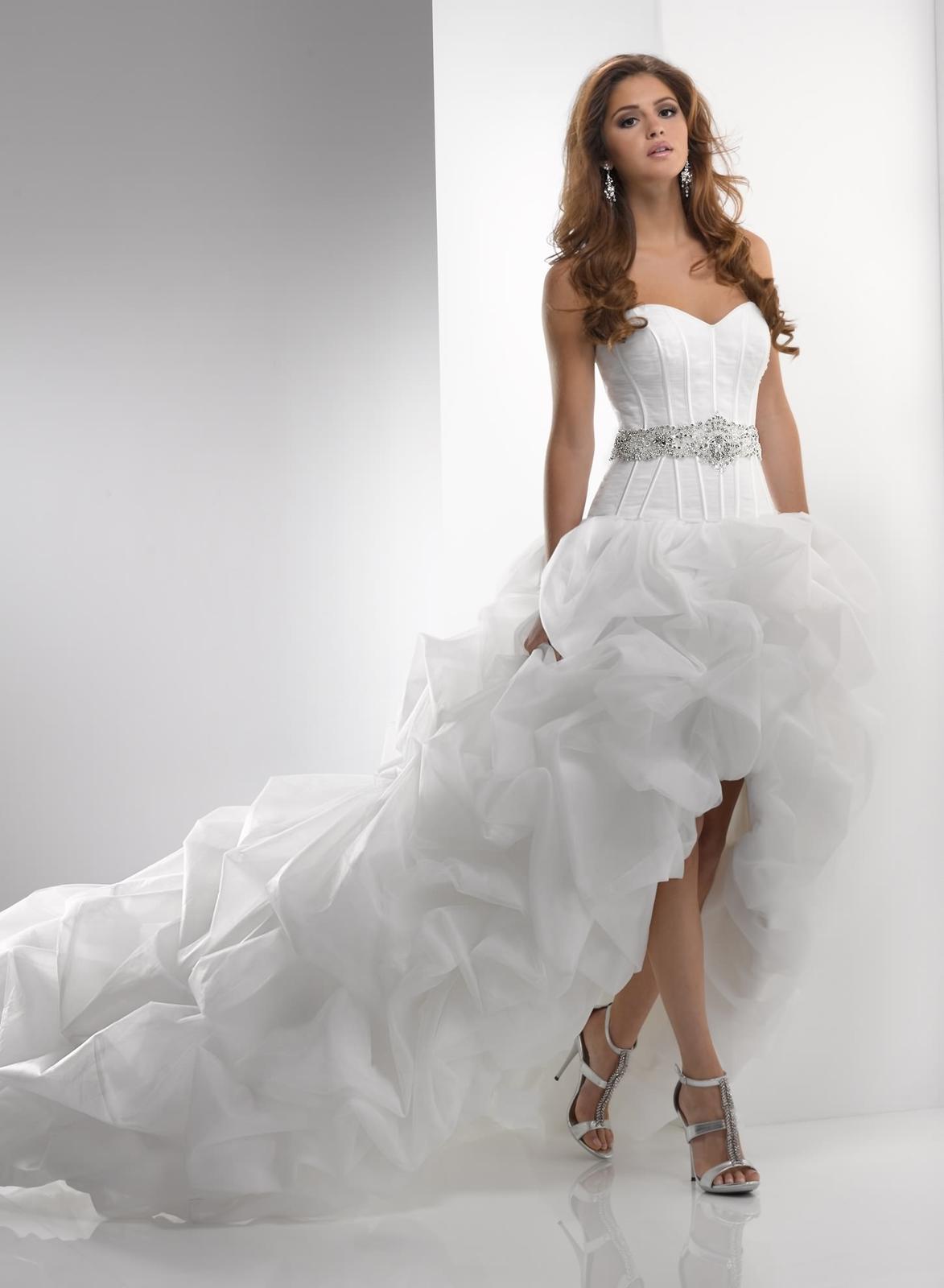 Výpredaj svadobných šiat! - BELLA