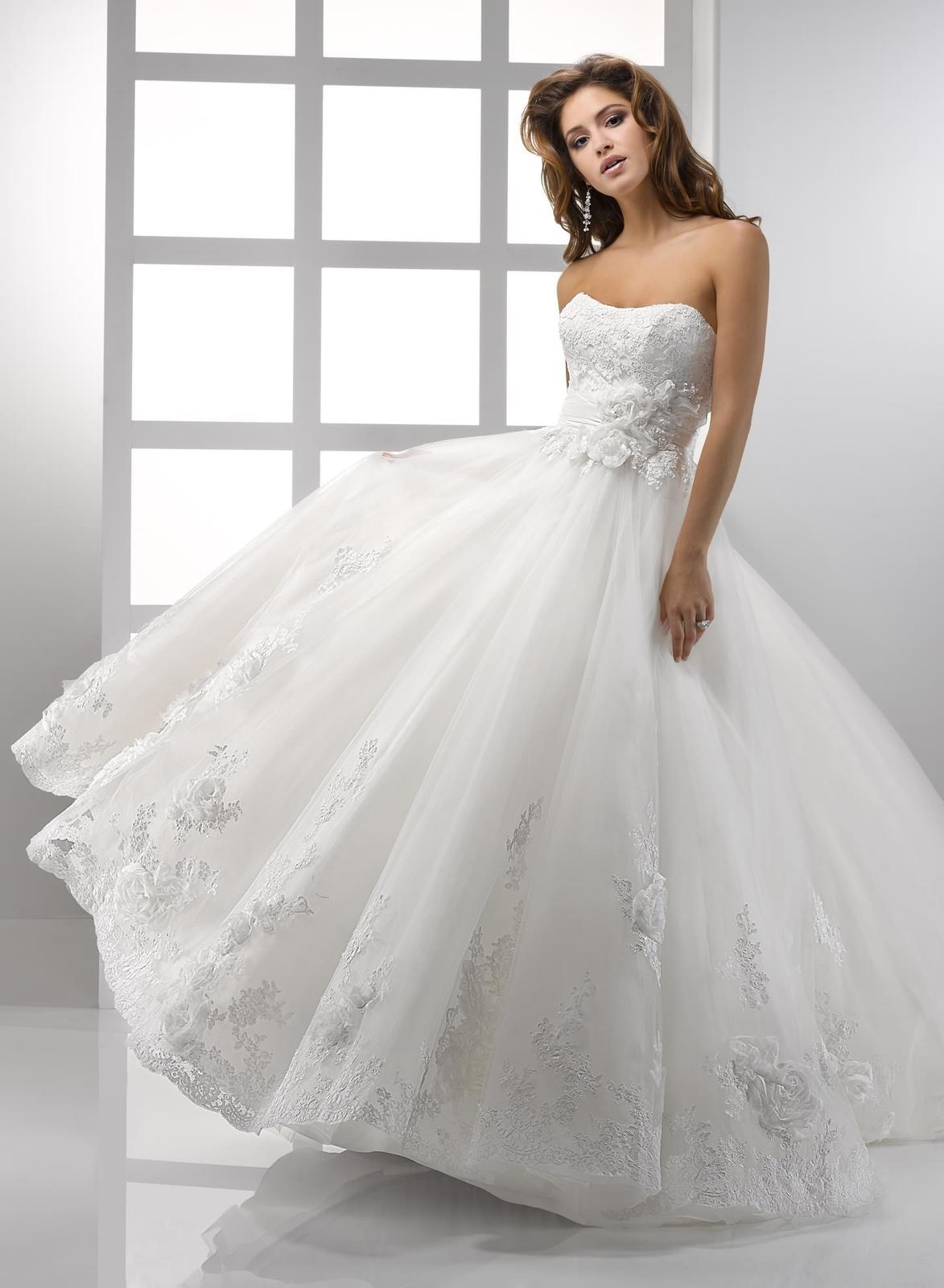 Výpredaj svadobných šiat! - ISABELLA