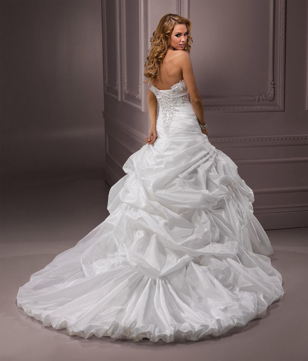 Výpredaj svadobných šiat! - Farba: diamond white/silver accent, veľkosť 32-36