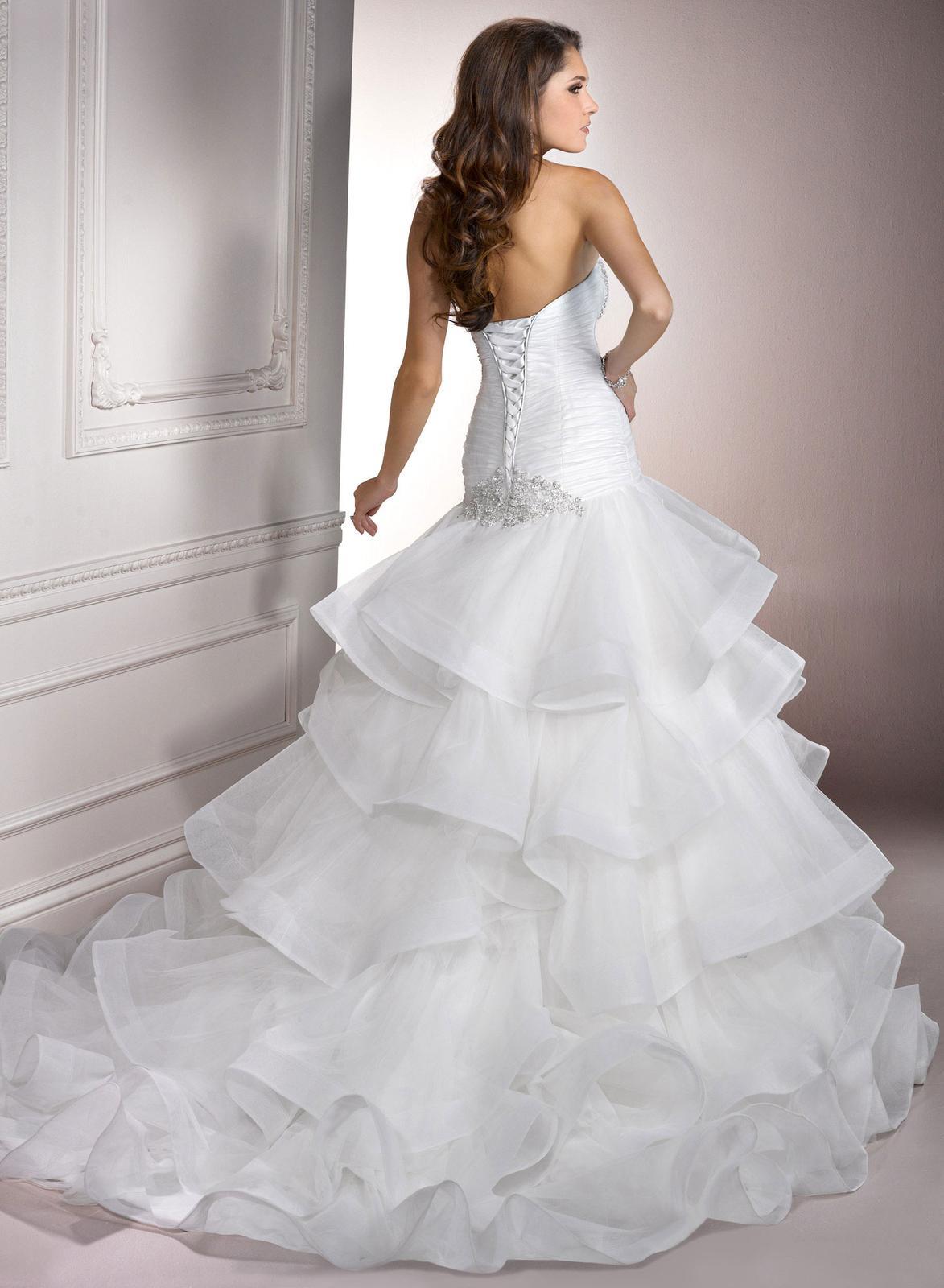 Výpredaj svadobných šiat! - Farba: white, veľkosť 32-36