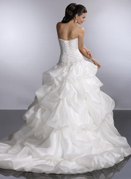 Výpredaj svadobných šiat! - Farba: white, veľkosť 36-40
