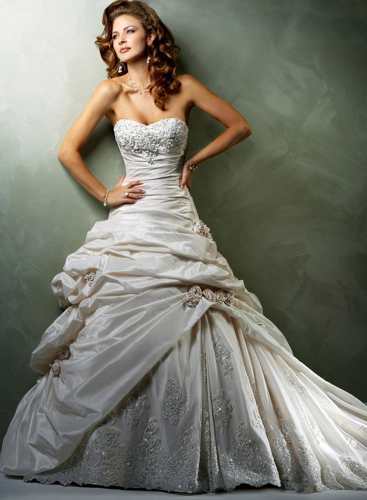 Výpredaj svadobných šiat! - SABELLE