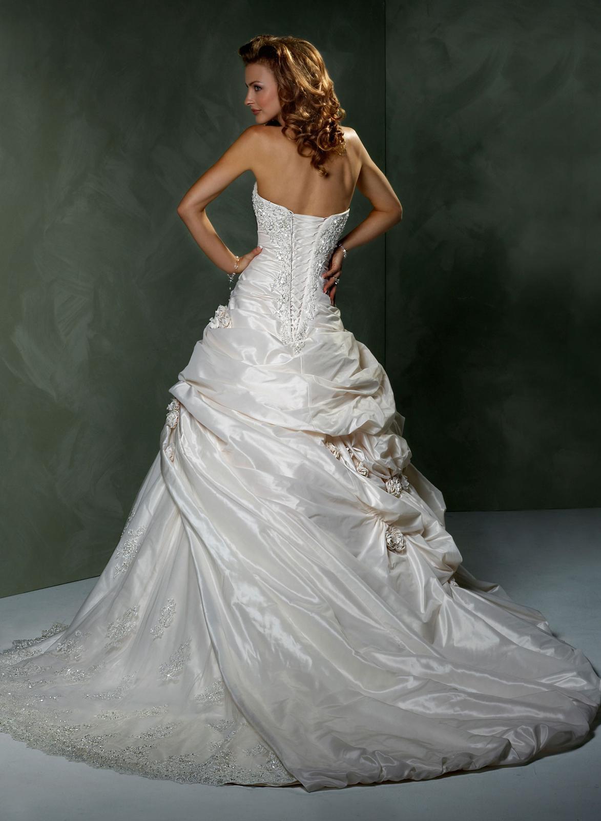 Výpredaj svadobných šiat! - Farba: light gold/ivory lace w.pewter accent, veľkosť 34-38