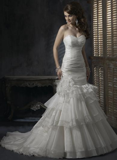 Výpredaj svadobných šiat! - DESTINY