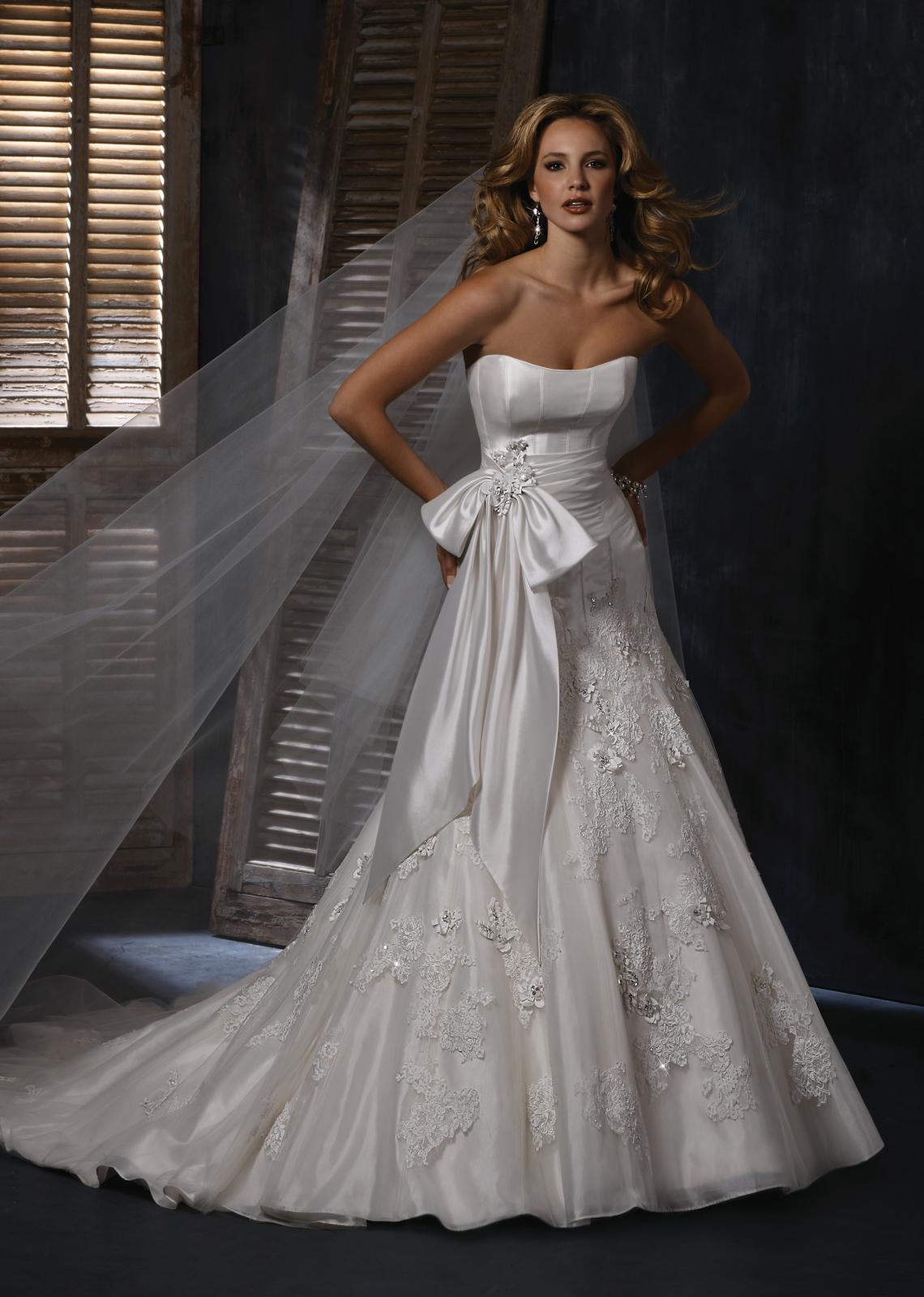 Výpredaj svadobných šiat! - LEIGHTON
