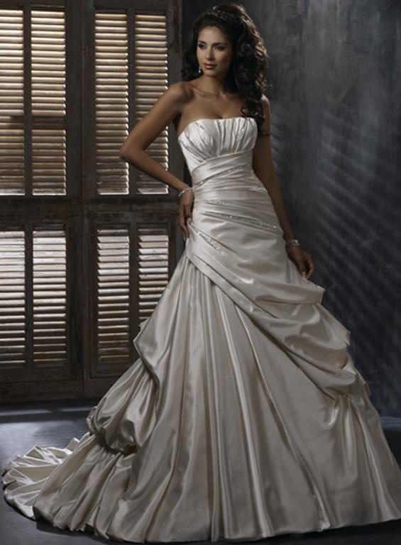Výpredaj svadobných šiat! - EMILY