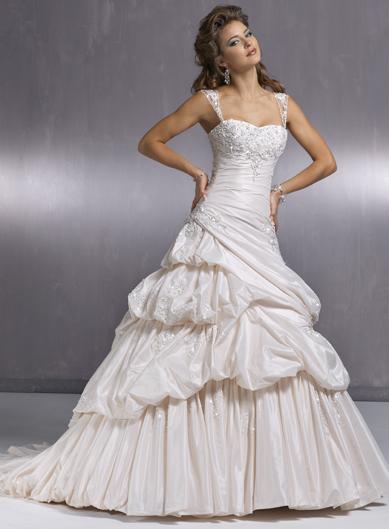 Výpredaj svadobných šiat! - HAMPTON
