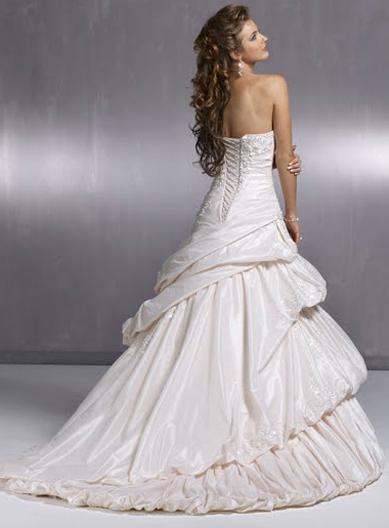 Výpredaj svadobných šiat! - Farba: white, veľkosť: 32-36