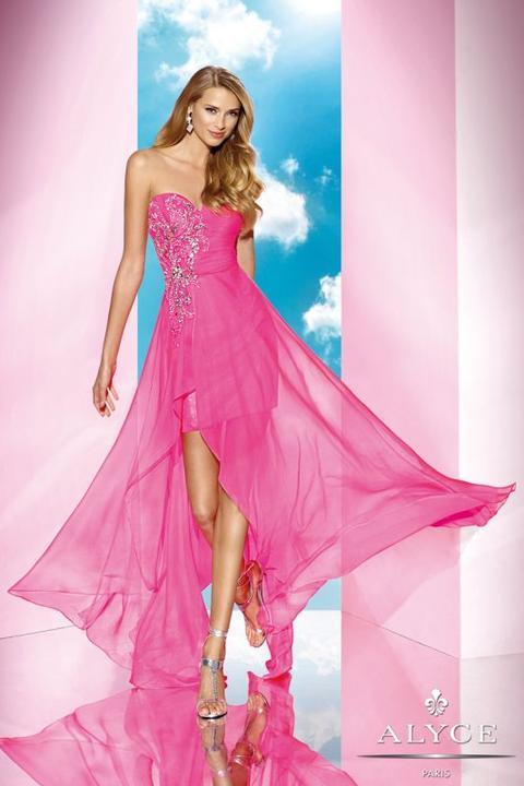 8e568412256b Svieže spoločenské šaty HARPER vhodné aj na letnú svadbu nájdete v ...
