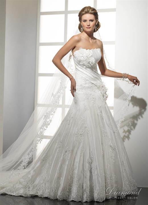 Veľký novembrový výpredaj! - model GWENDOLYN (Žilina) značka Maggie Sottero  farba: biela veľkosť: 34-38/40 výpredajová cena: 399,-€