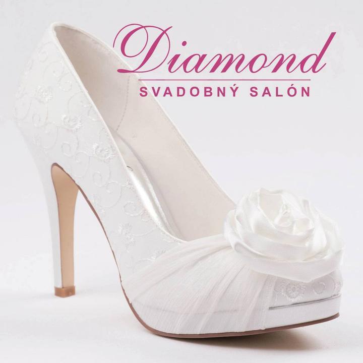 Krémové svadobné topánky s plnou špičkou - Obrázok č. 2