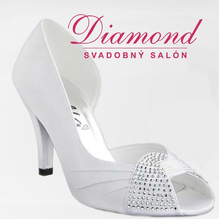Snehobiele elegantné topánočky s kamienkami - Obrázok č. 4