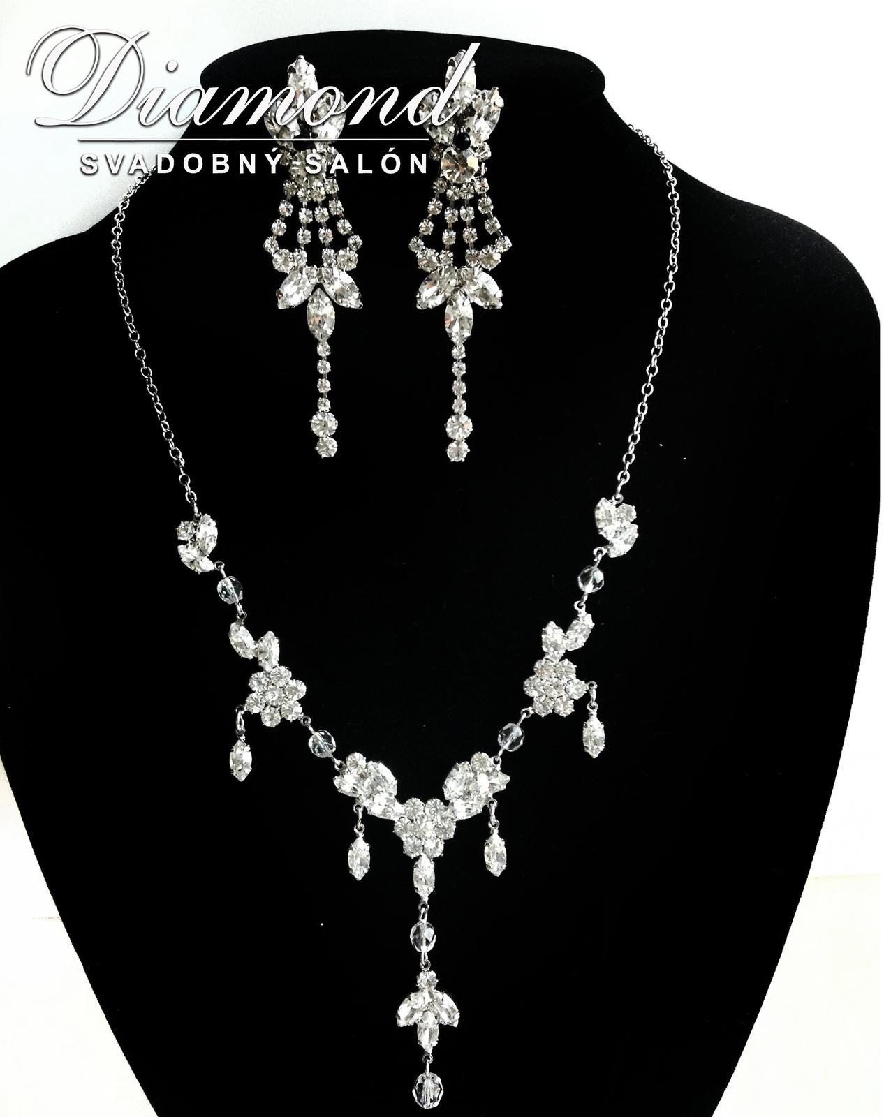 Elegantný náhrdelník a náušnice - Obrázok č. 2
