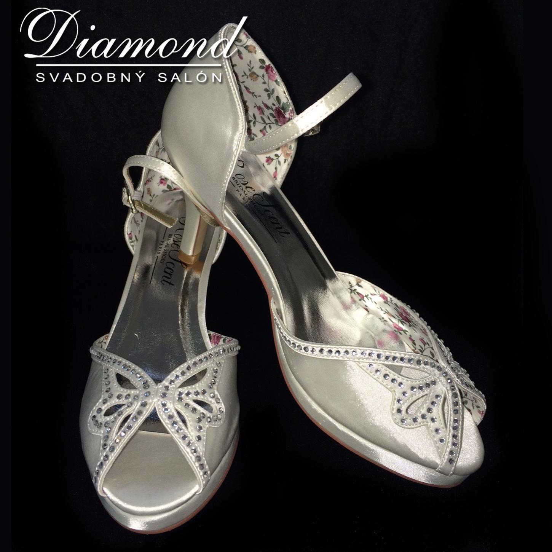 Krémové svadobné sandálky - Obrázok č. 1