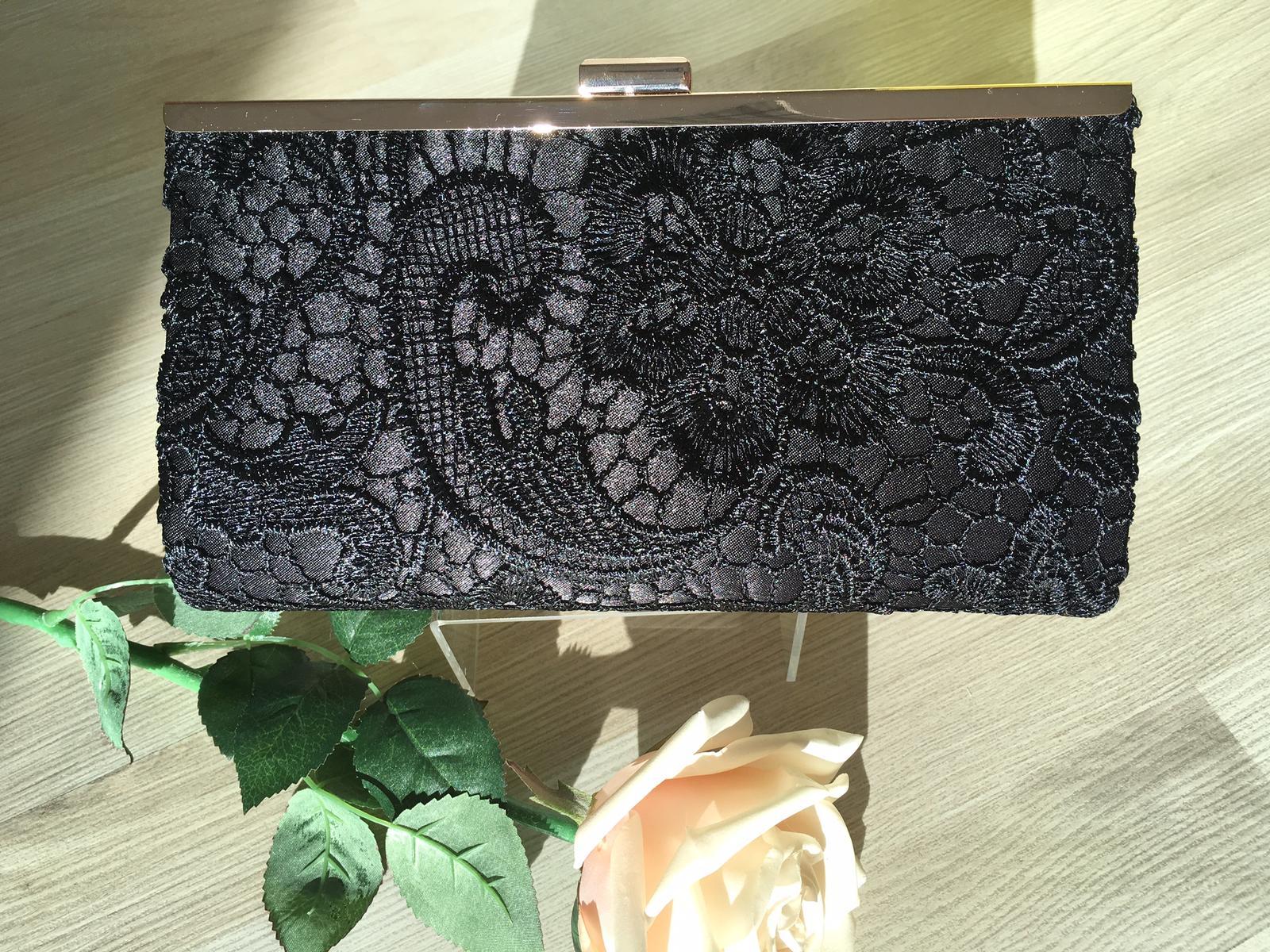 Listová čierna čipková kabelka - Obrázok č. 1